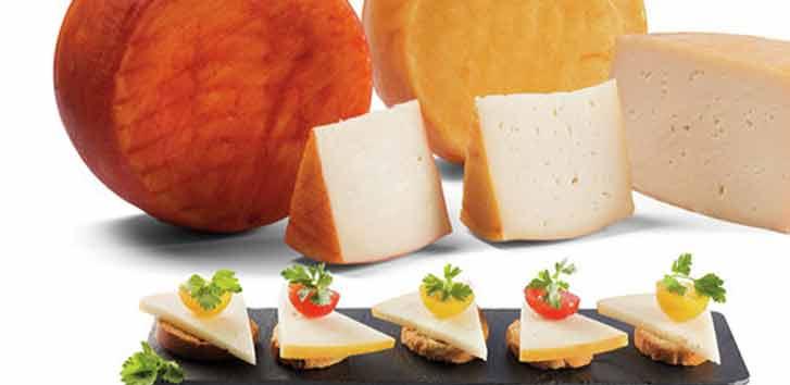 Tabla de quesos: los 8 mejores alimentos para acompañar al queso