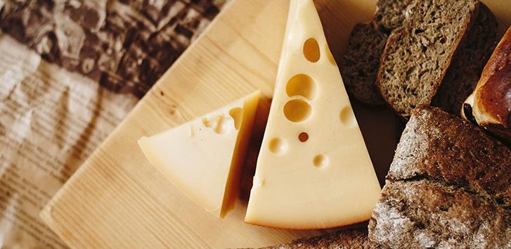 El origen del queso: de donde viene este alimento