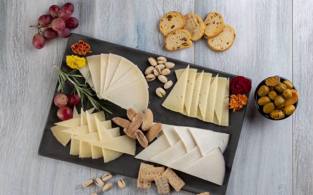 Cómo preparar una tabla de quesos perfecta para otoño